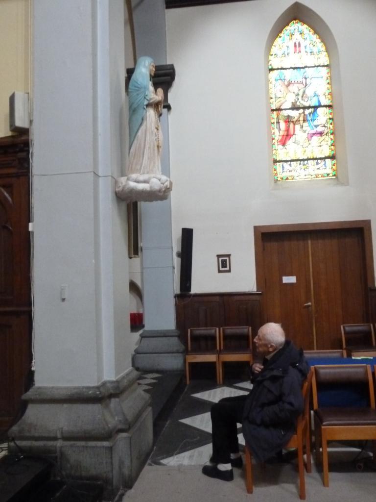 Notre Dame des Etoiles et l'Abbé Laurentin
