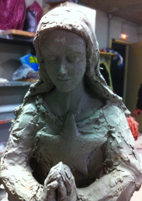 première statue de Notre Dame des Etoiles